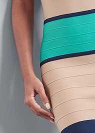 Detail front view Color Block Bandage Dress