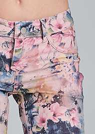 Detail front view Reversible Shorts