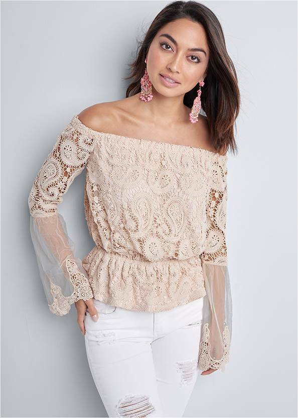 Off The Shoulder Lace Top,Triangle Hem Jeans