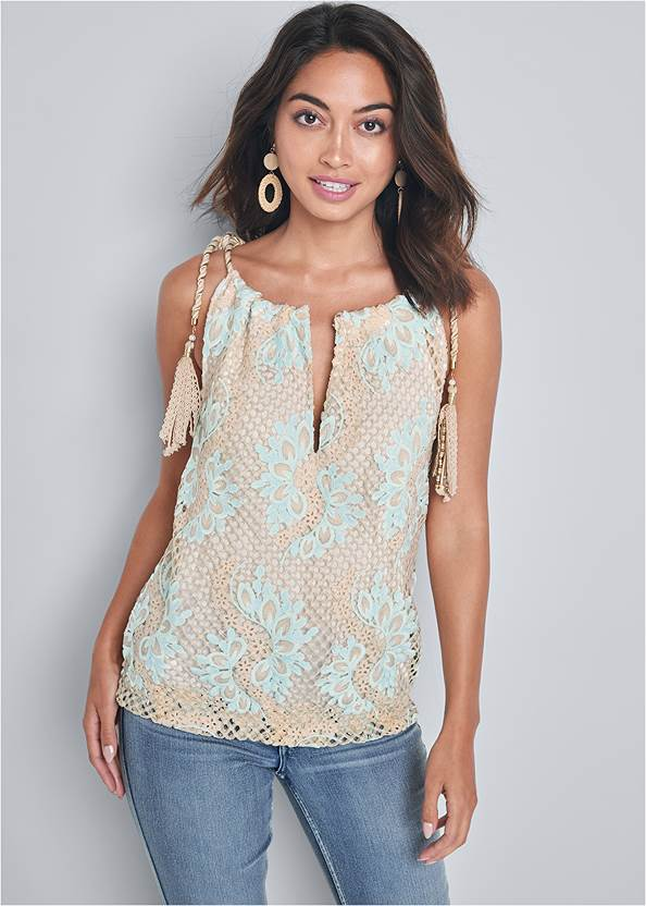 Lace Sleeveless Top,Mid Rise Color Skinny Jeans,Square Toe Thong Heel Sandal