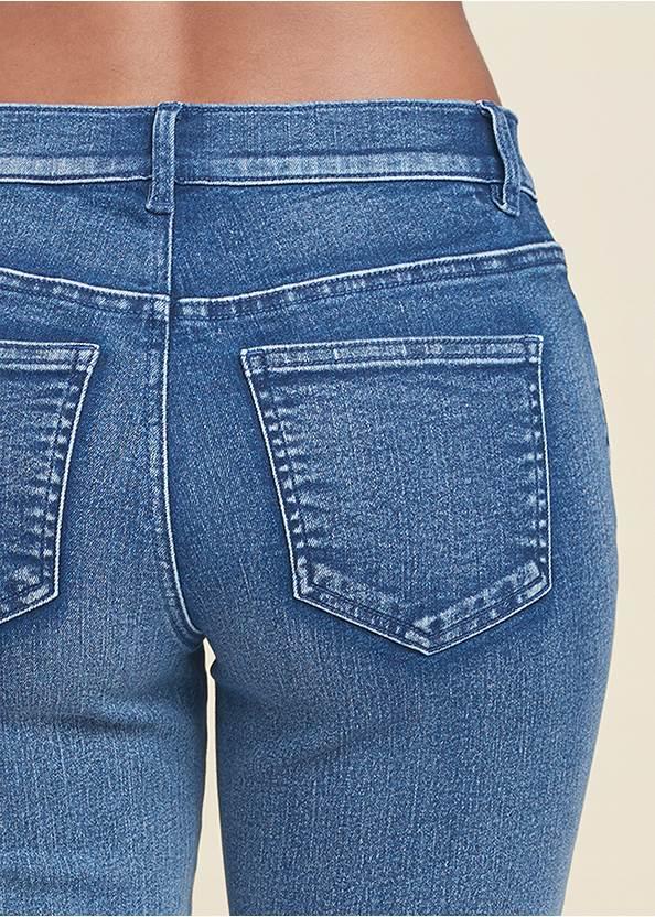 Detail back view Jean Bermuda Shorts
