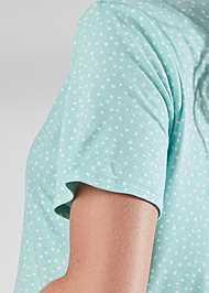 Detail back view Notch Collar Sleep Set