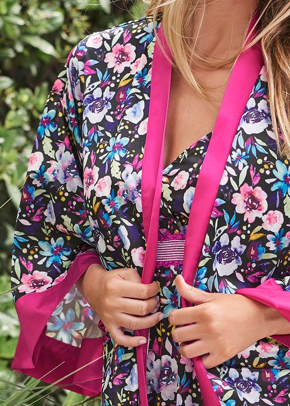 Detail front view Satin Robe Chemise Set