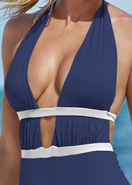 Detail front view Jet Setter One-Piece