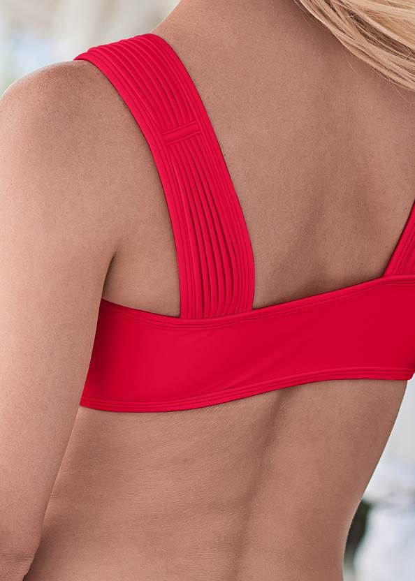 Alternate View Pleated Sport Top