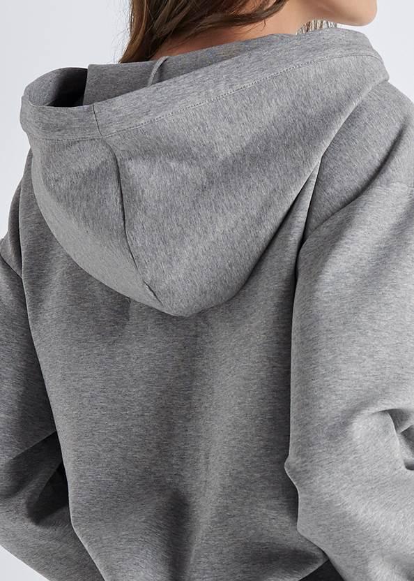 Detail  view Chain Neck Sweatshirt