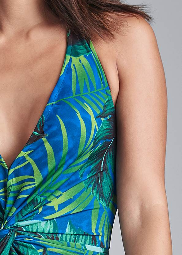 Detail front view Tropical Printed Maxi Dress