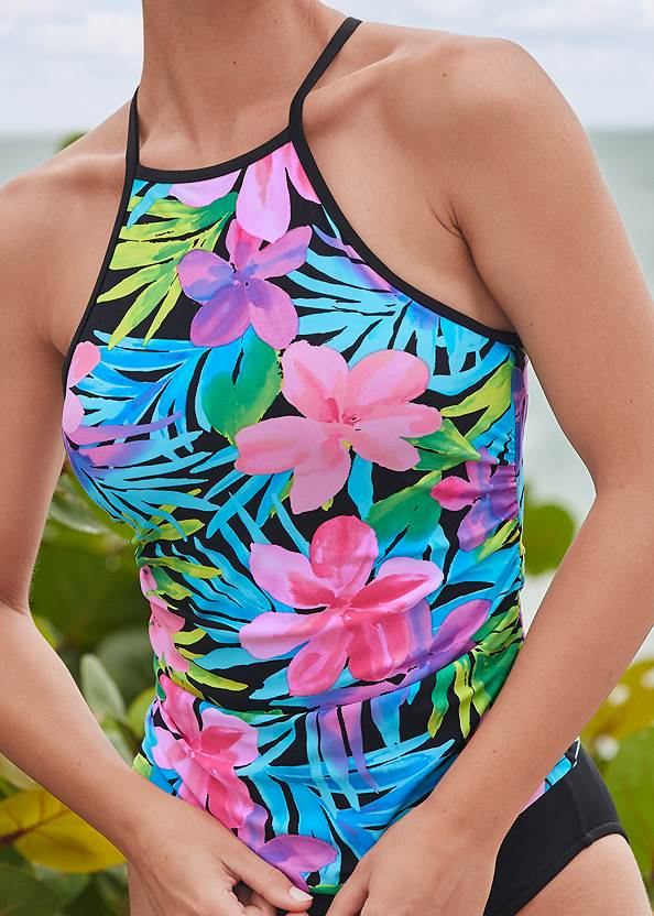 Detail front view Strappy Back Tankini Top