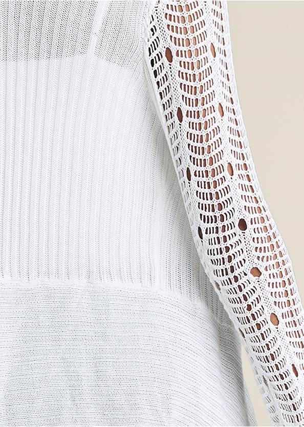 Detail back view Crochet Sleeve Duster