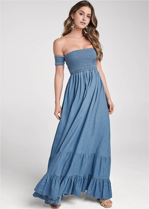 Detail front view Off-The-Shoulder Maxi Dress