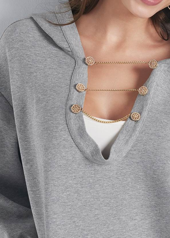 Detail front view Chain Neck Sweatshirt