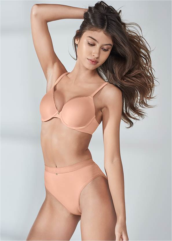 Full Front View Pearl™ By Venus Perfect Coverage Bra