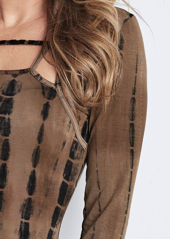 Detail front view Tie Dye Studded Top