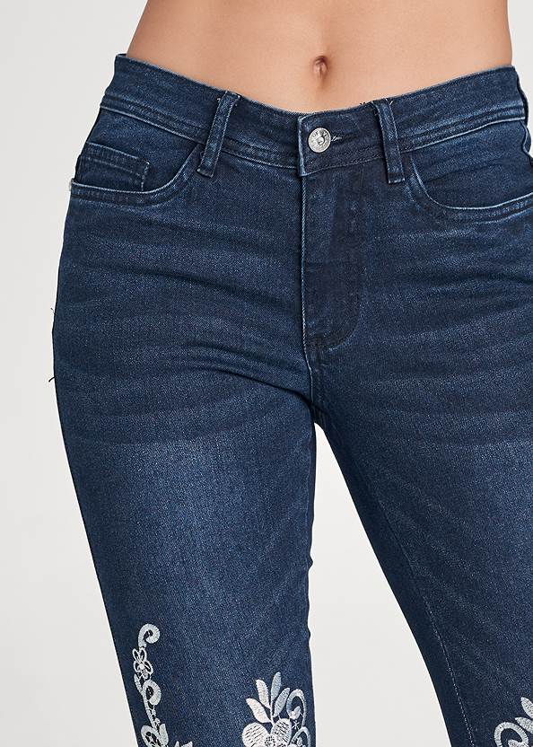 Detail front view Floral Embroidered Jeans