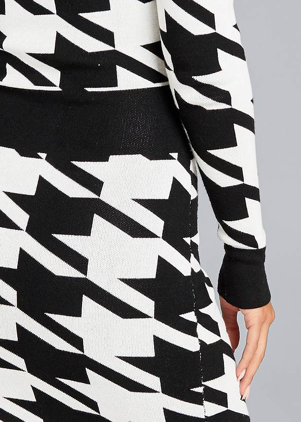 Detail back view Houndstooth Sweater Dress