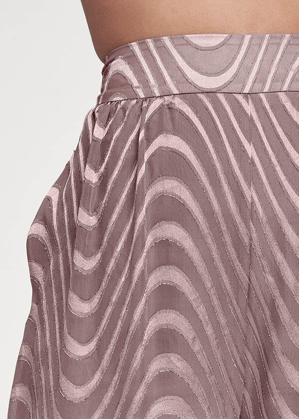 Detail front view Chiffon Jogger Pants