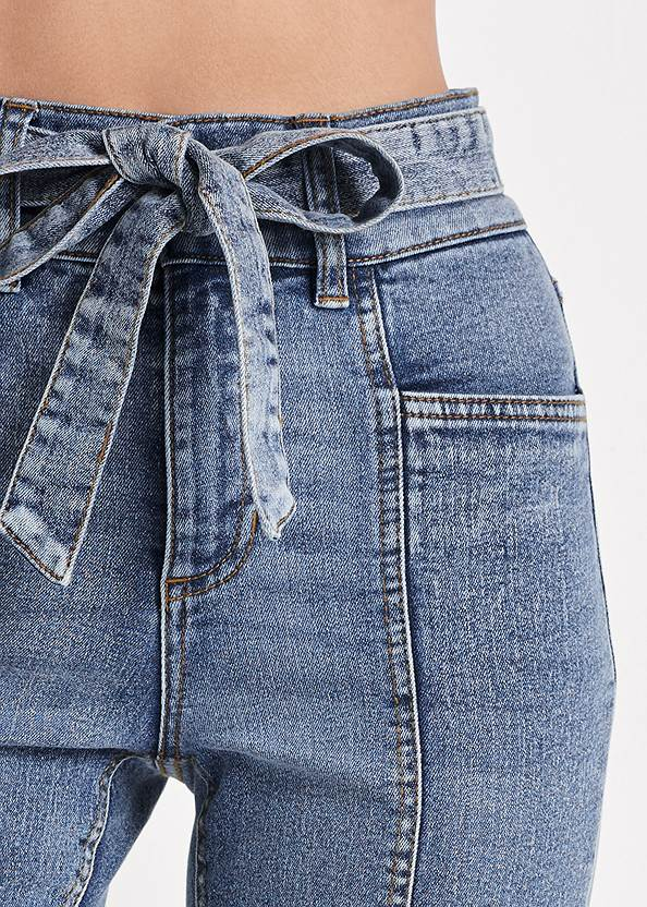 Detail front view Belted Pintuck Skinny Jeans