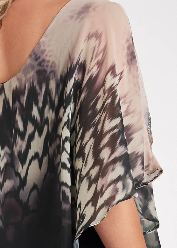 Detail back view Printed Overlay Top