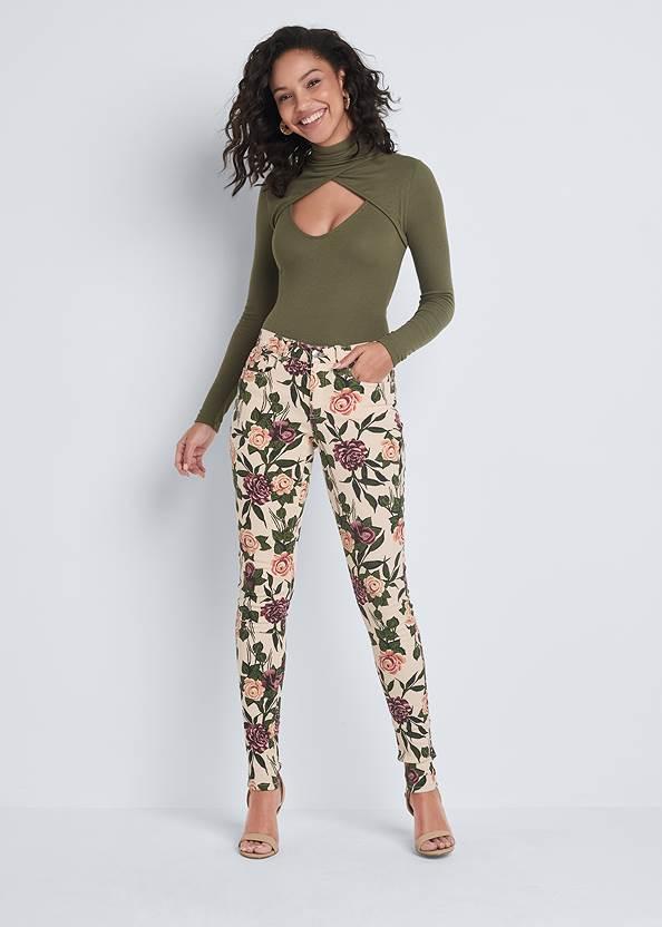 Mid Rise Color Skinny Jeans,Cut Out Mock Neck Top,Jean Jacket,Cold Shoulder V-Neck Top,Sexy Slingback Heels,Raffia Hoop Earring Set,Animal Chain Crossbody Bag