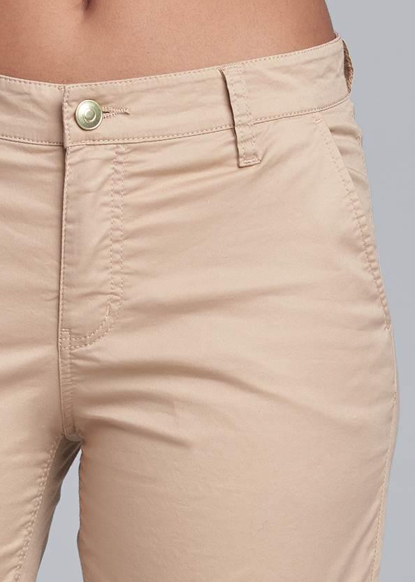Detail  view Leopard Trim Shorts