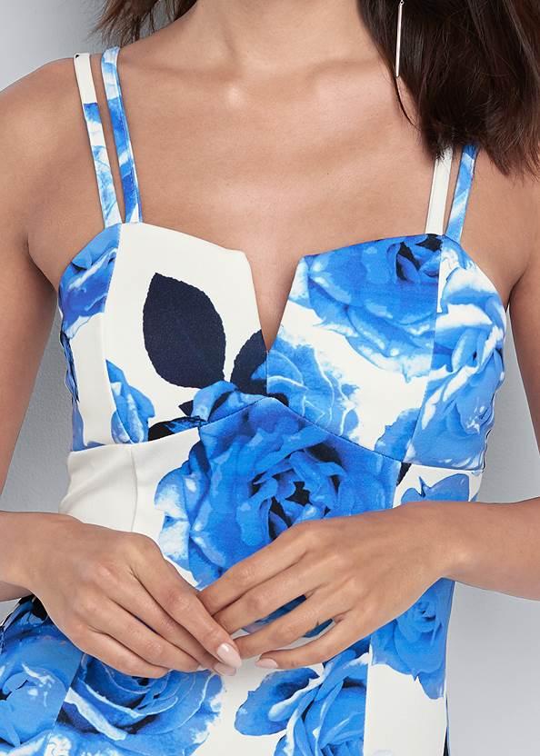 Detail front view Floral Print Bodycon Dress
