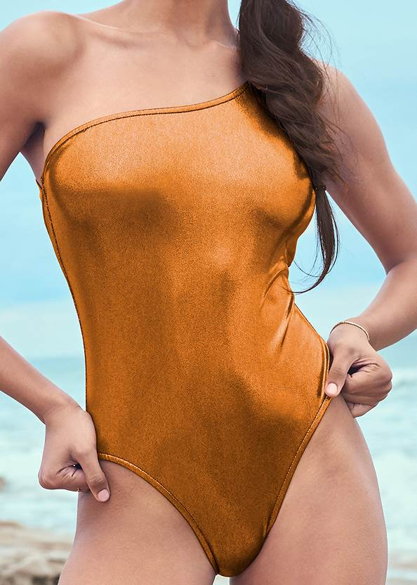 Detail front view Sports Illustrated Swim™ Sleek One Shoulder One-Piece