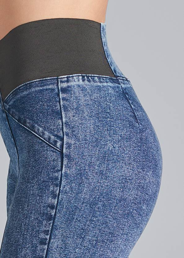 Detail side view Pull On Pintuck Jeggings
