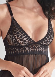 Detail front view Geo Lace Babydoll