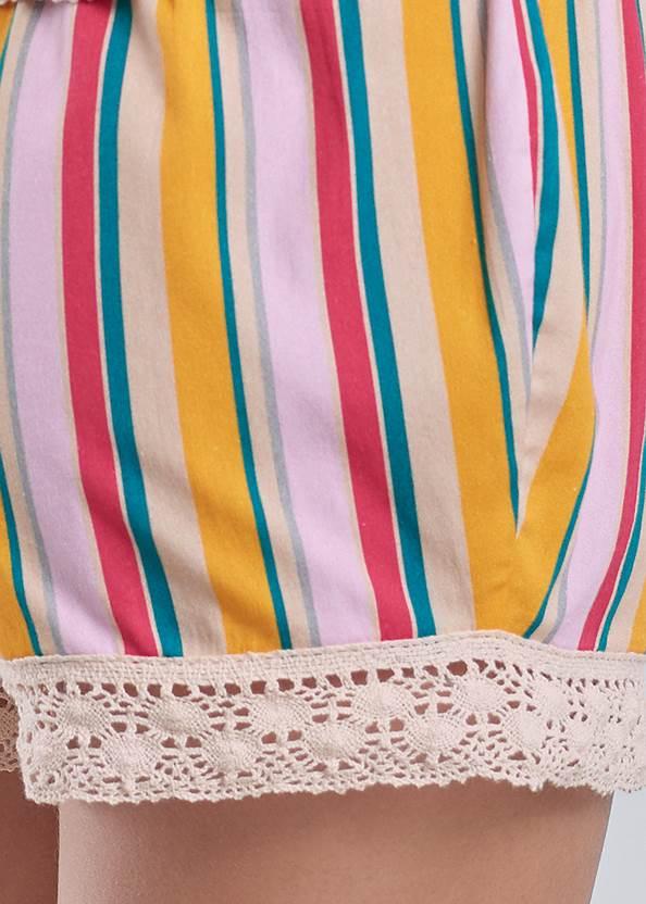 Detail back view Short Set