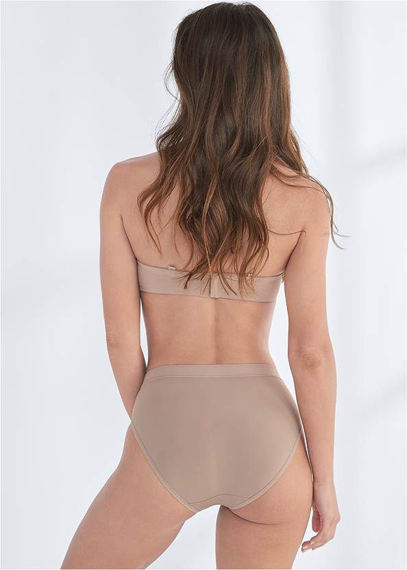 Cropped back view Pearl™ By Venus Strapless Bra