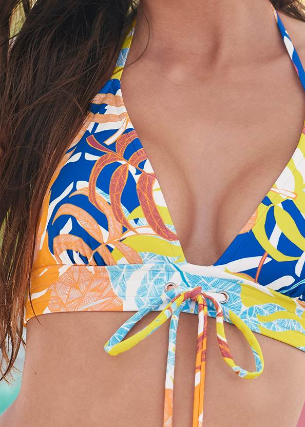 Detail front view Beach Days Triangle Top