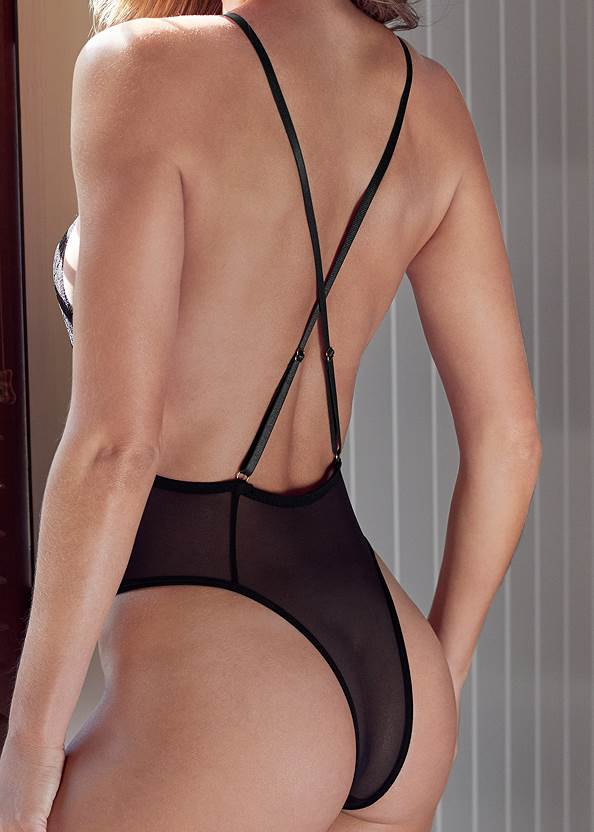 Alternate View Front Keyhole Lace Teddy