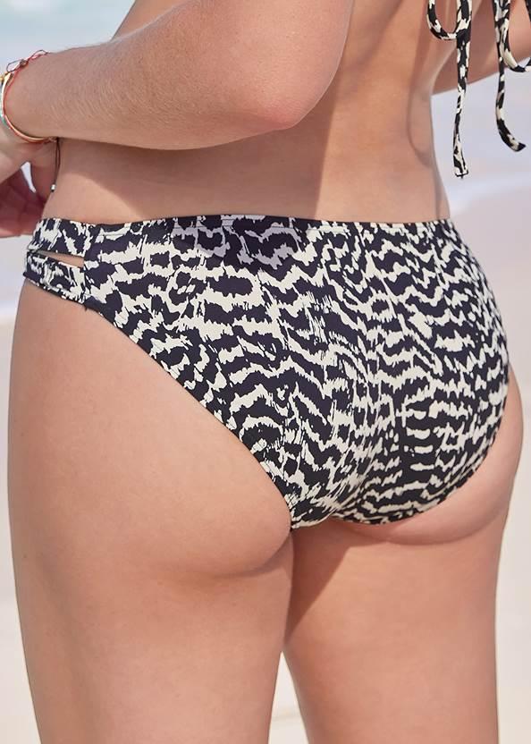 Detail back view Ring Side Bikini Bottom