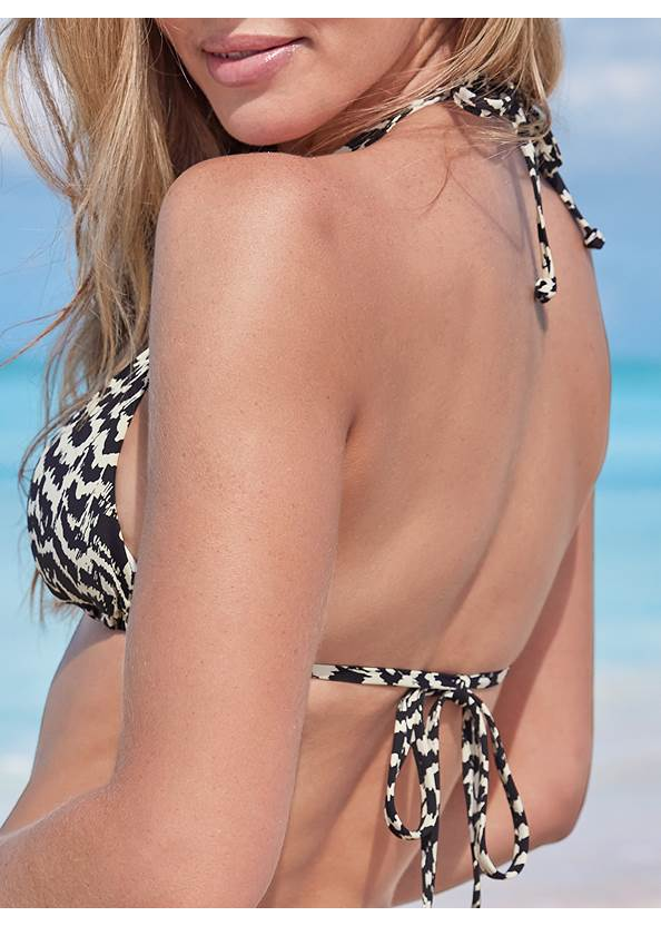 Detail back view Ring Triangle Bikini Top