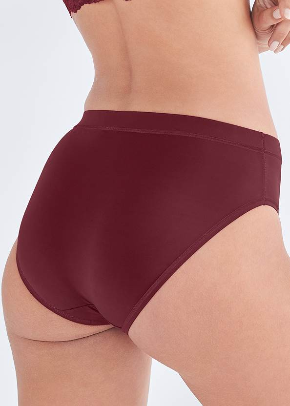 Alternate View Pearl™ By Venus Retro High Leg Panty 3 Pack