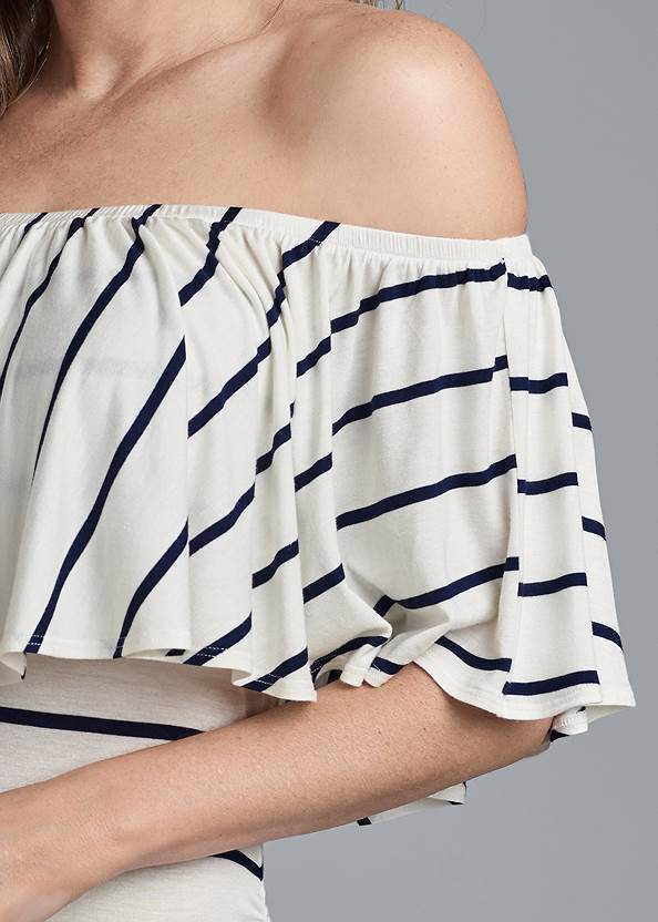 Detail front view Striped Off-Shoulder Top