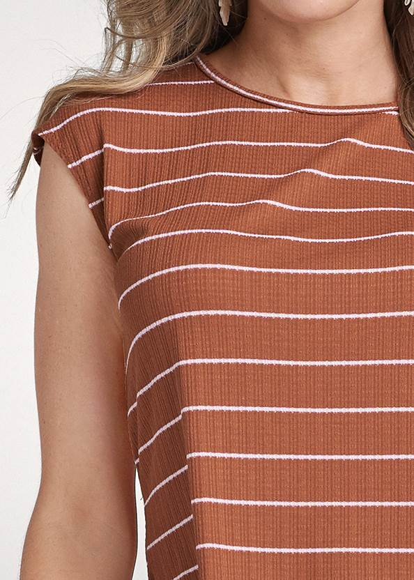 Detail front view Striped Top