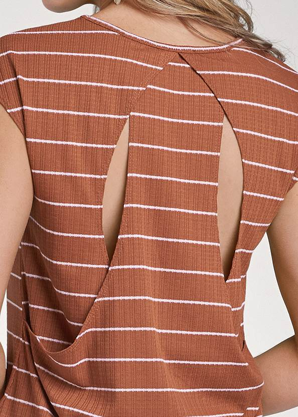 Detail back view Striped Top