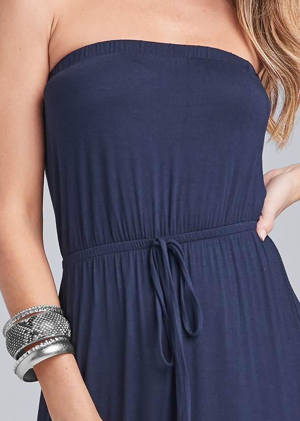Detail front view Strapless Maxi Dress