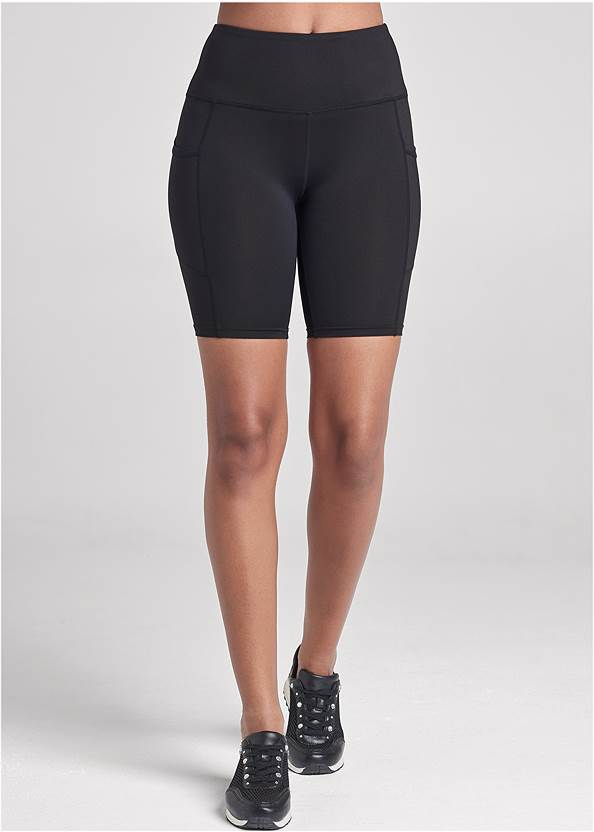Front View High-Rise Pocket Bike Shorts
