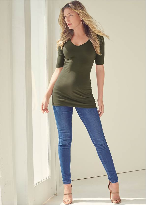 Mid Rise Color Skinny Jeans,Long And Lean V-Neck Tee,Basic Cami Two Pack,Jean Jacket,Color Capri Jeans,Casual Bootcut Jeans,Bum Lifter Jeans,High Heel Strappy Sandals,Lace Up Tall Boots,Layered Long Necklace,Chain Detail Hoop Earrings,Tiger Detail Earrings