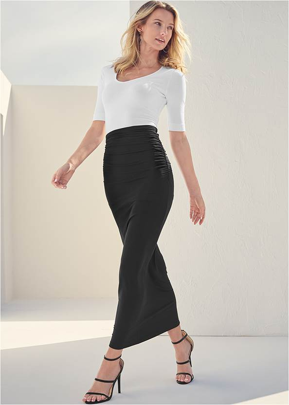 Gathered Waist Long Skirt,Long And Lean V-Neck Tee,High Heel Strappy Sandals,Peep Toe Print Heels