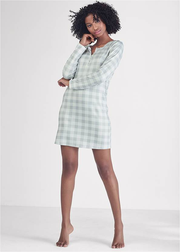 Full front view Henley Pullover Nightshirt