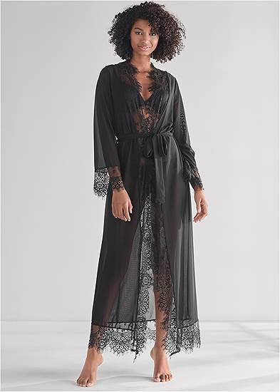 Long Sleeved Maxi Robe