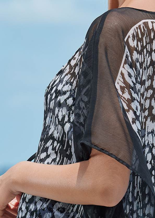 Detail back view Front Tie Kimono Cover-Up