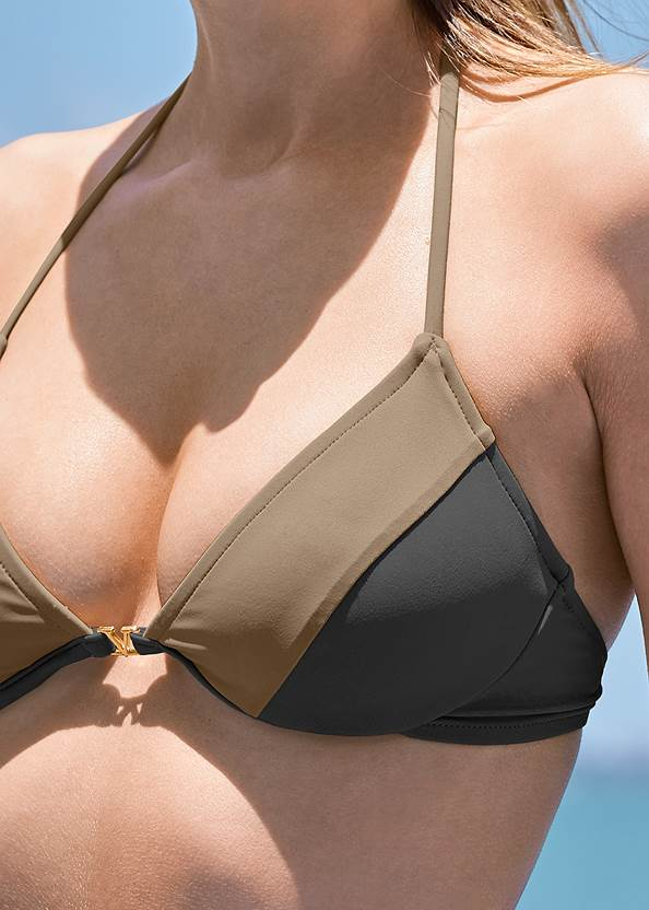 Detail front view Underwire Triangle Top