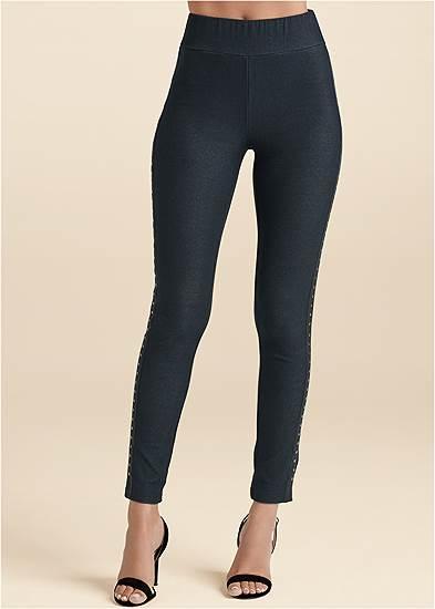 Plus Size Embellished Leggings