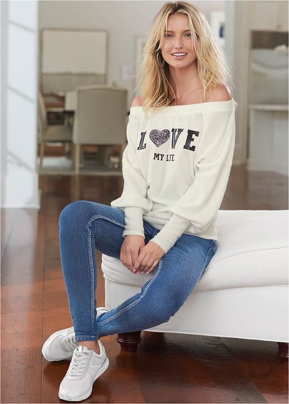 Mid Rise Color Skinny Jeans,Cozy Love My Life Top,Basic Cami Two Pack,Jean Jacket,Color Capri Jeans,Casual Bootcut Jeans,Bum Lifter Jeans,High Heel Strappy Sandals,Lace Up Tall Boots,Hoop Detail Earrings,Chain Detail Hoop Earrings,Tiger Detail Earrings