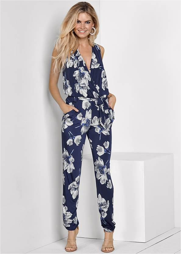 Floral Print Jumpsuit,High Heel Strappy Sandals,Animal Chain Crossbody Bag