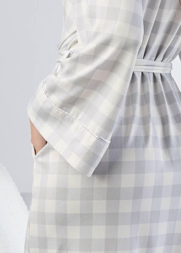 Detail back view Shawl Collar Kimono Robe
